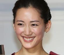 綾瀬はるかは6位…ワンだふるな可愛さ!「犬顔女性芸能人」TOP10