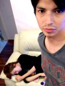 アレク 眠気がすごい妻・川崎希に「もうすぐ産まれる兆候!?」と緊張