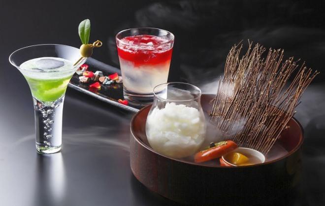 ハッとするほどロマンチック!「百人一首カクテル」が琵琶湖ホテルに--甘ずっぱくてほろ苦い恋心を表現