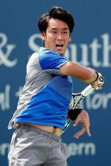 杉田が3回戦へ=W&Sテニス