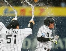 阪神がサヨナラ勝ち=プロ野球・阪神-広島