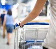 IKEAでムダに棚を買って…月収50万でも毎月赤字のダメな特徴
