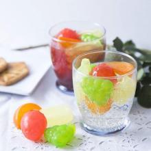 夏に重宝しまくるやつ! 3COINSの「フルーツアイスキューブ」可愛くて超便利