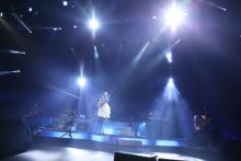 chay、全国ツアー閉幕&10月にデビュー5周年記念ライブ開催発表
