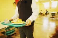 ヒドい! 小学校で給食を残した時に教師にされた最悪行動3選