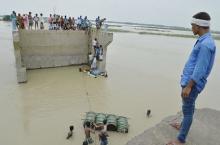 豪雨災害死者600人超=犠牲さらに増える恐れ-印など