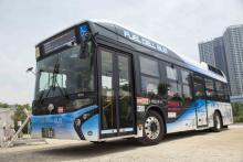 日本初の燃料電池バスツアー開催!発生電気を使って道場六三郎考案レシピにも挑戦
