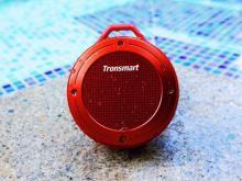 防水・防塵かつ、8×9センチの超小型Bluetoothスピーカー「Tronsmart T4」