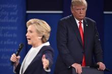 「つきまとわれ身の毛よだった」=回顧録でトランプ氏批判-クリントン氏