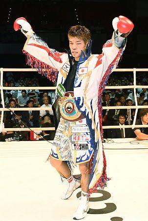 「ボクシング岩佐無料写真」の画像検索結果